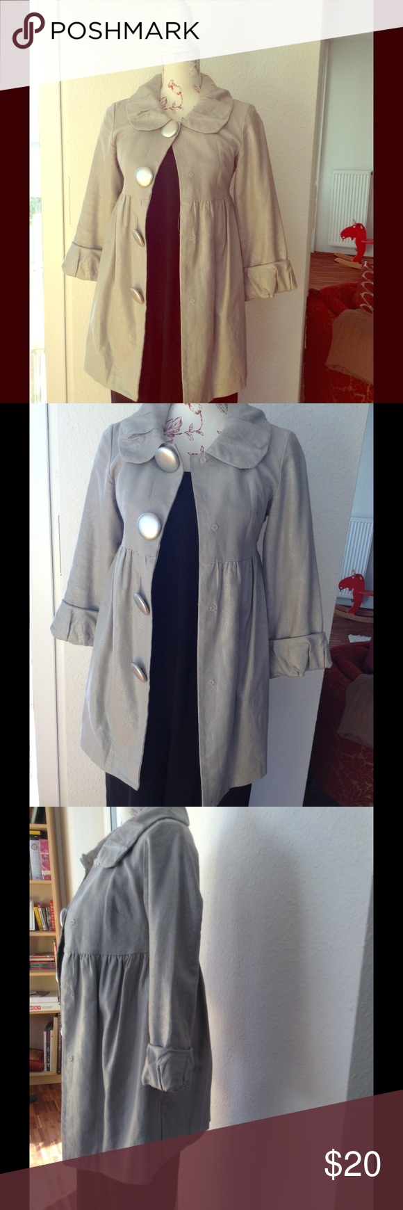 Kensie Jacket This is a Kensie light weight jacket. Empire waist with big pleated collar and pleated detail on the sleeve. Kensie Jackets & Coats Blazers