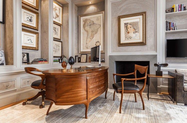Bureau ovale en bois massif chaises design assorties cheminée