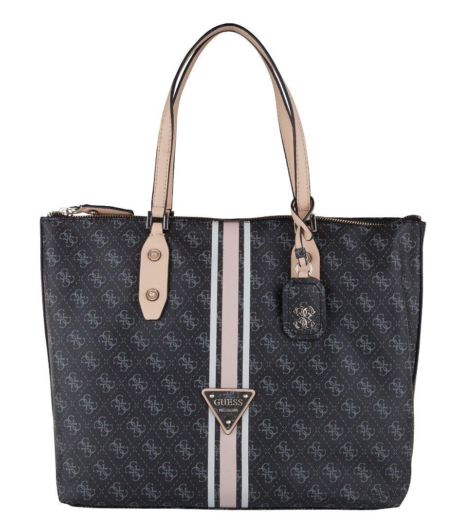 De Logo Sport Large Tote Bag heeft een sportief en toch modieuze uitstraling. De Guess tas is vervaardigd van hoogwaardig imitatieleer. (€139,95)