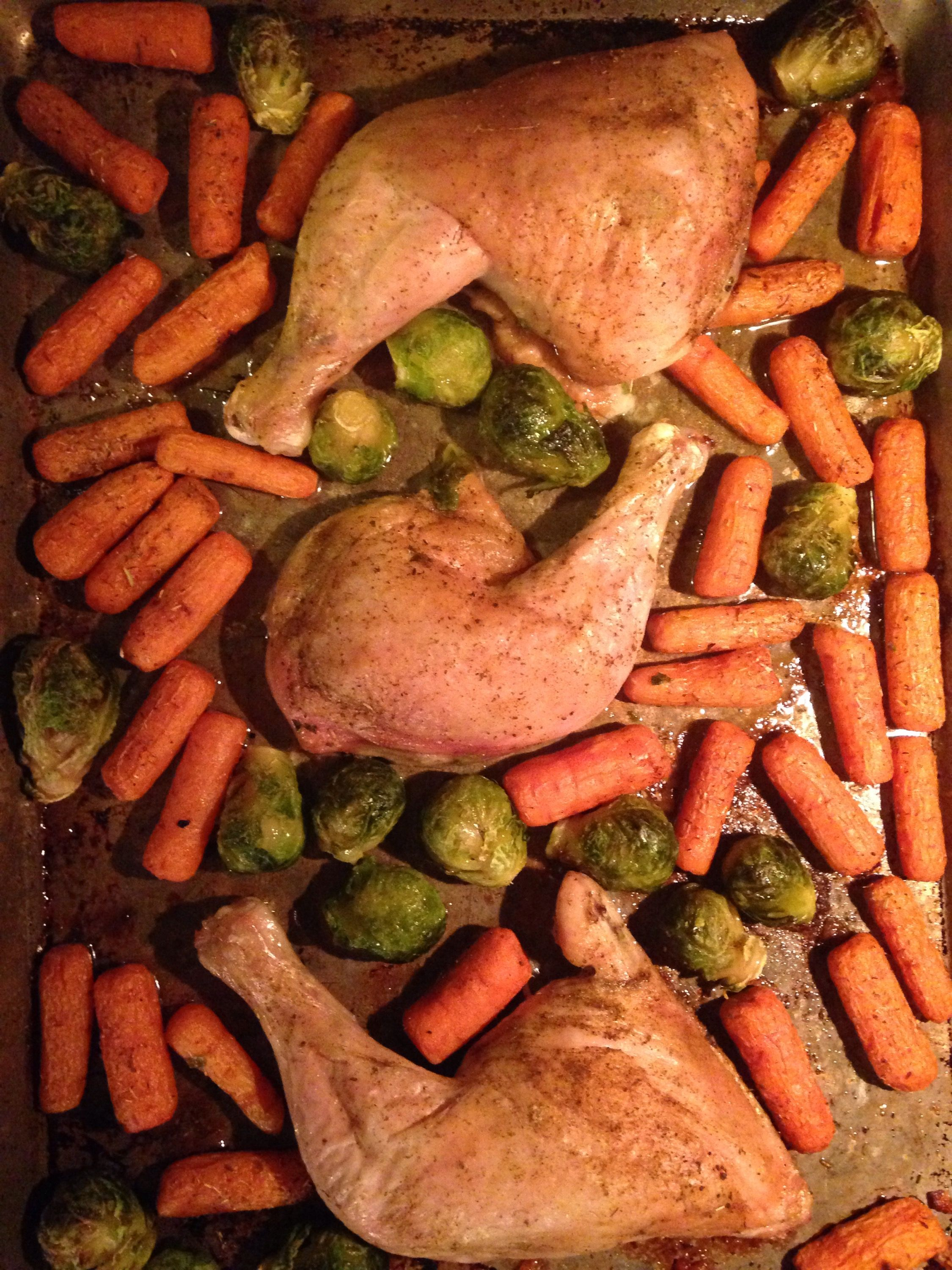 Cheap, Easy and Delicious Oven Roasted Chicken and Vegetables #cleaneating #paleo #jerf