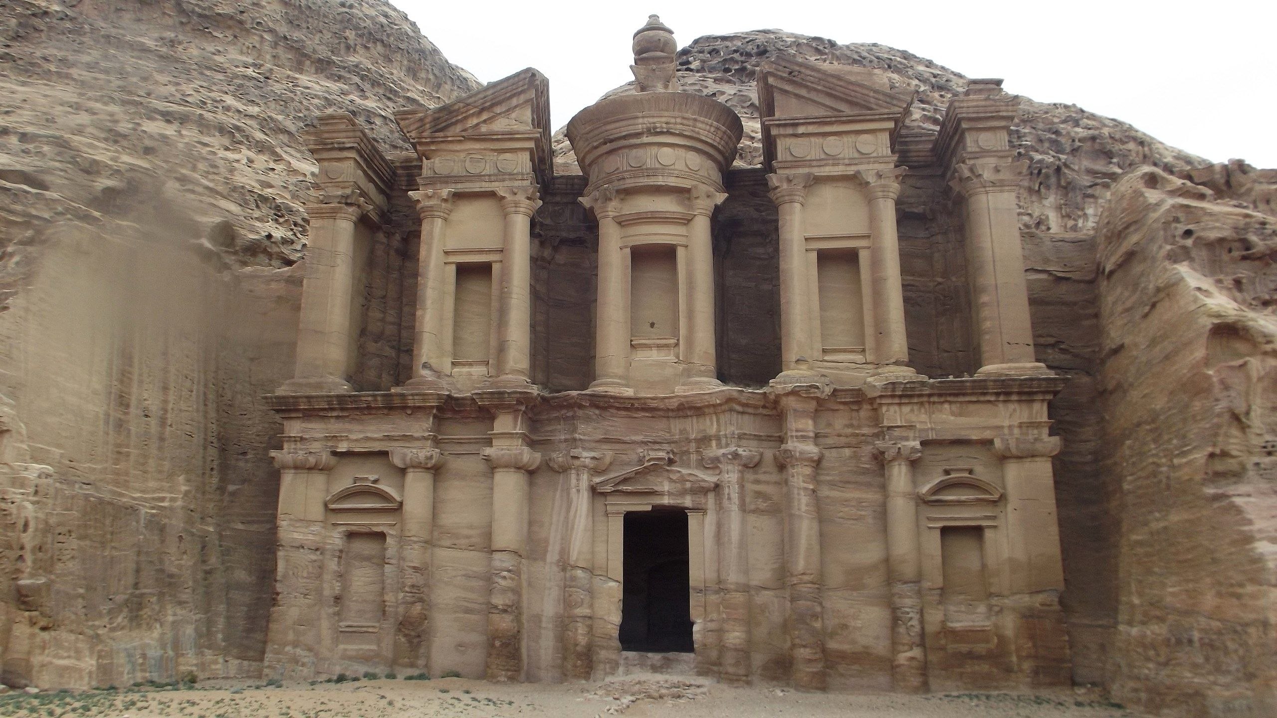 Background High Resolution: petra