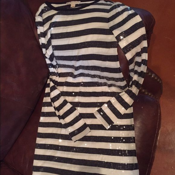 9bd77686063 A stylish shirt dress by Michael Kors A beautiful navy and off white striped  shirt dress with sequins to add some pizazz! In great condition!
