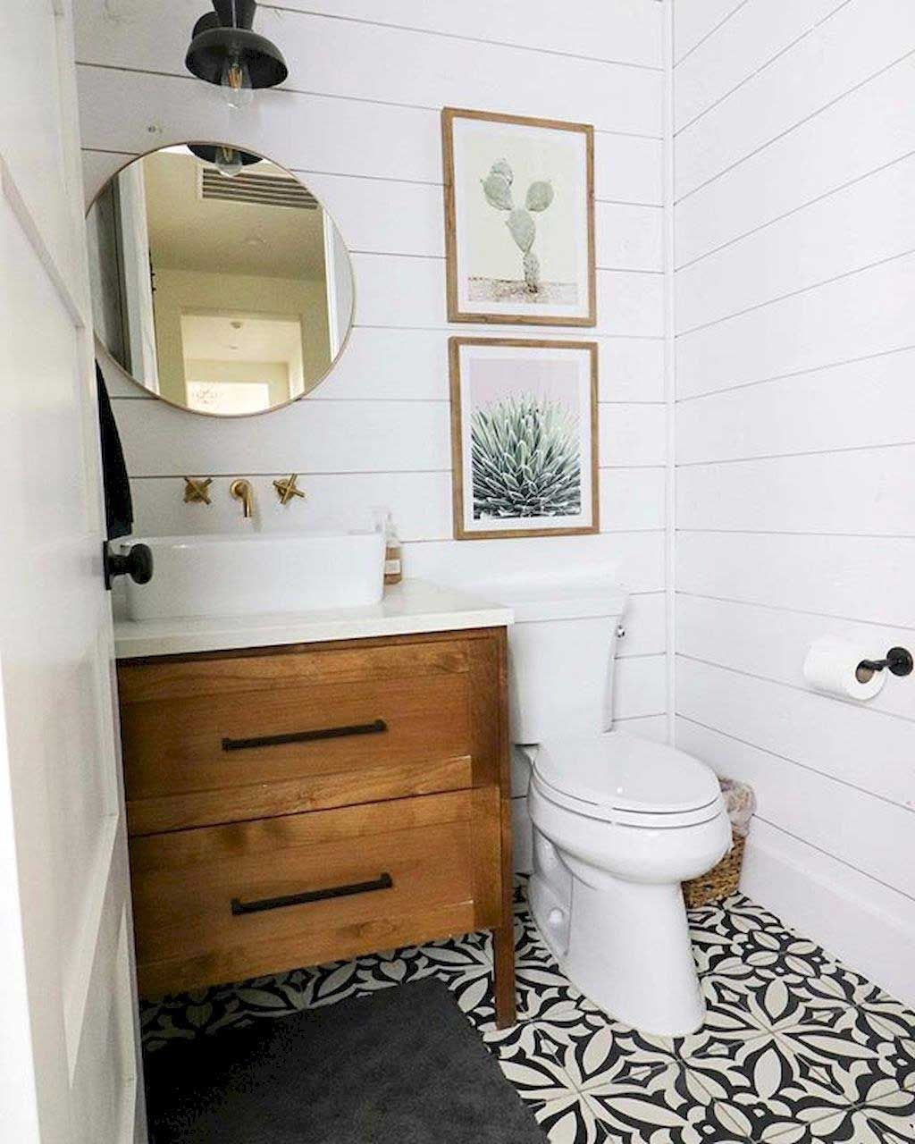 44 Low Cost Farmhouse Bathroom Design Ideas 28 With Lamp Decor Best Inspiration Ideas That You Want In 2020 Small Bathroom Design Small Bathroom Decor Bathroom Design Small