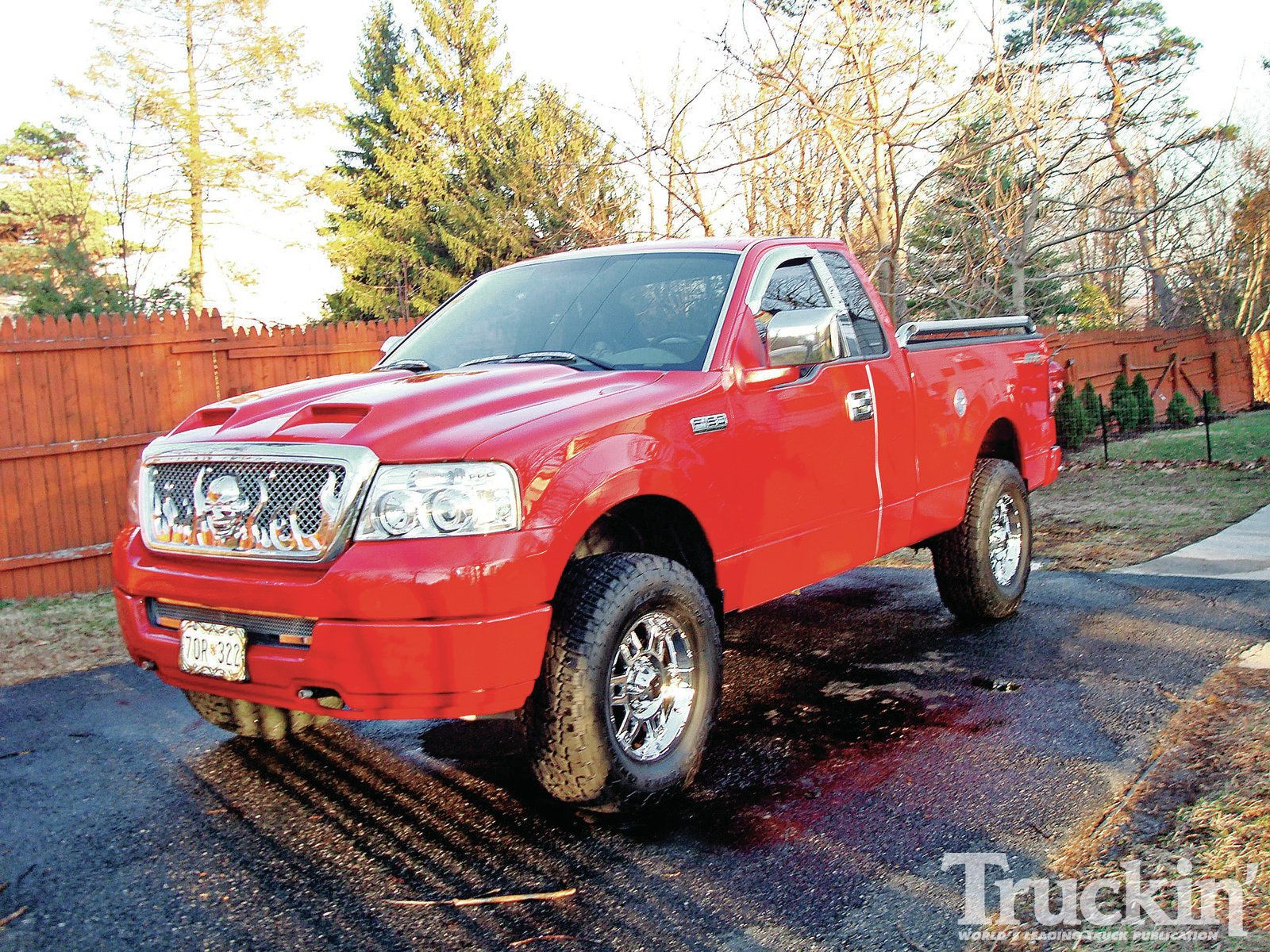 1204tr05+readersrides+2005fordf150 Lifted ford