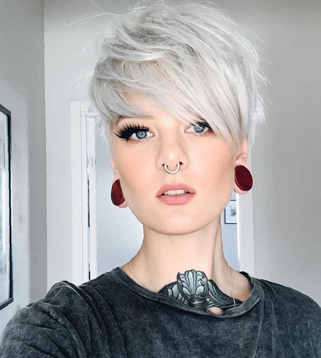 40 New Short Pixie Haircut Ideas For 2020 Pixie Haircuts Short Long Longer Blonde Very Cute Short Silver Hair Short Hair Styles Short Hair Styles Pixie