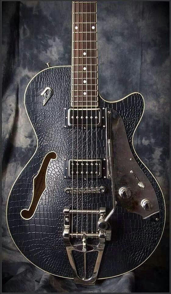 Dusenburg Cool Electric Guitars Cool Guitar Beautiful Guitars