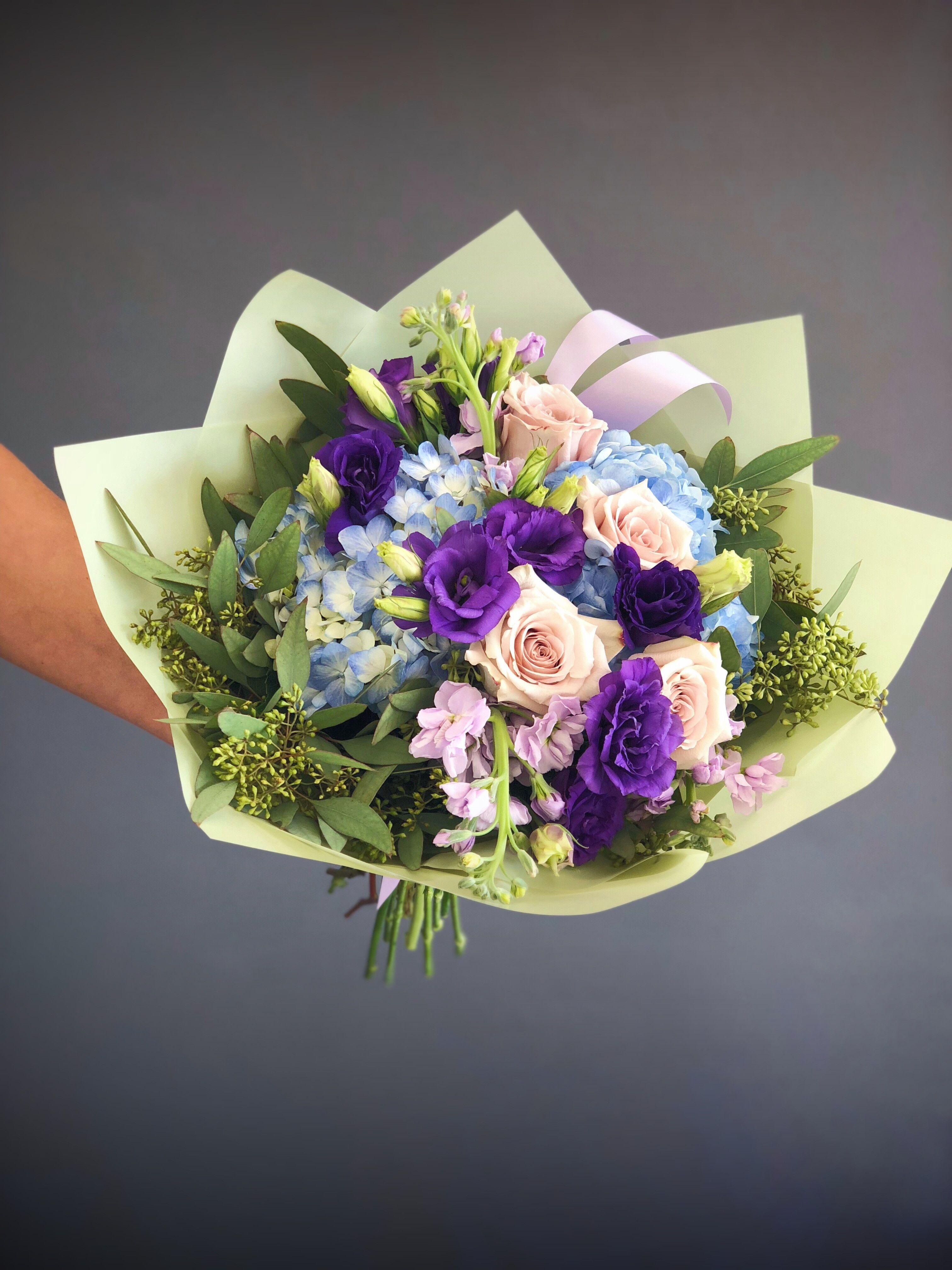 48 bouquet blue purple and sand colors small flores pinterest small bouquet with blue hydrangeas purple eustomas sand color roses and eucalyptus izmirmasajfo