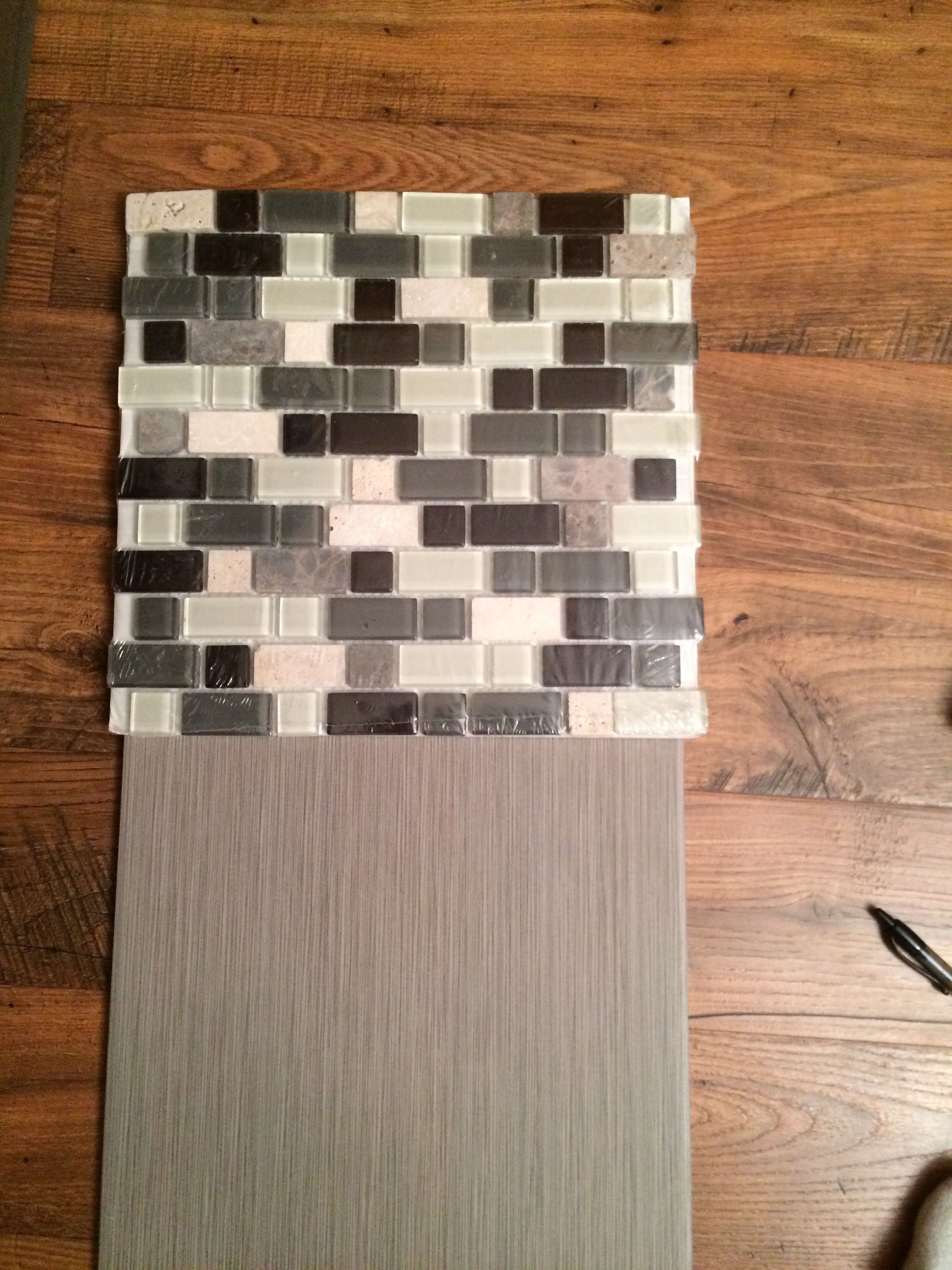 Lv Home Depot Metro Charcoal Tile With 495 Mosaic New House