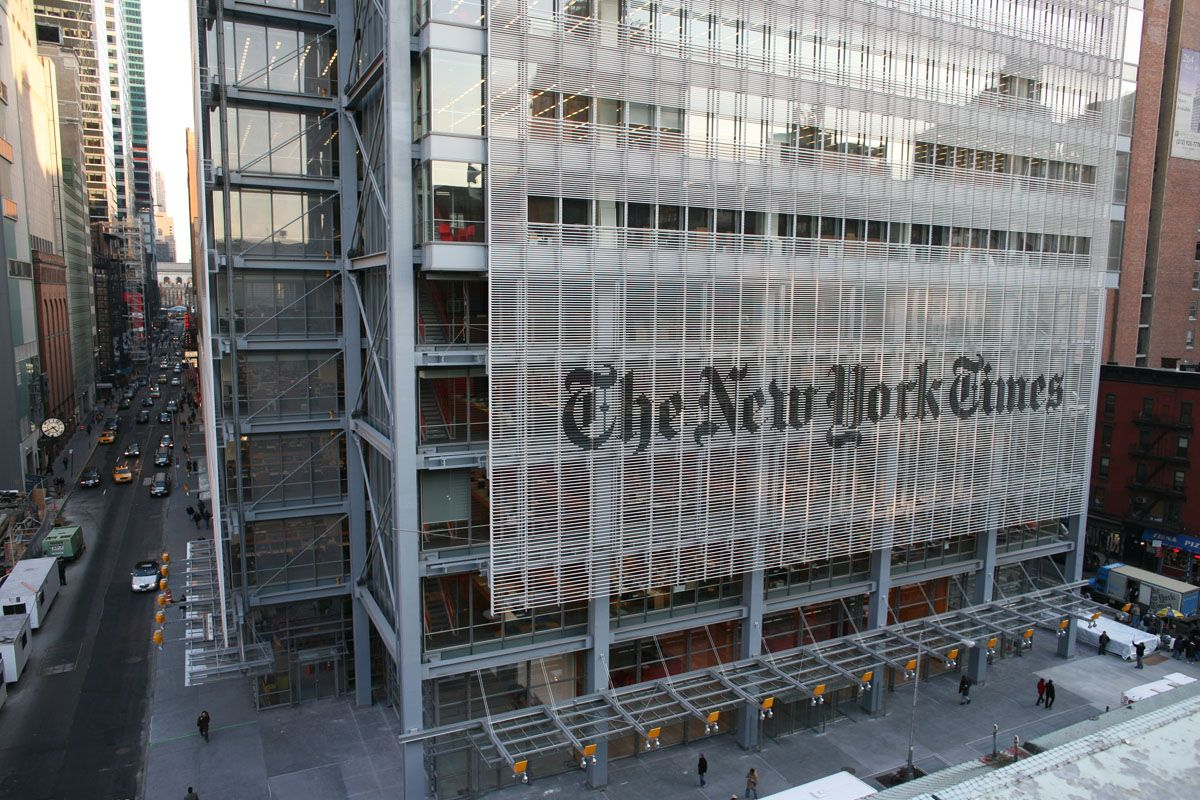 The New York Times Tower Is The Focal Point Of Times Square And Is Headquarters Of The New York Times Company Renzo Piano Facade Architecture New York Times