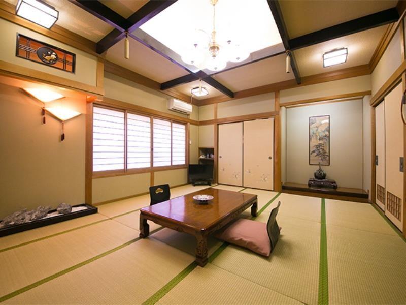 Hotel Housenkaku Beppu, Japan