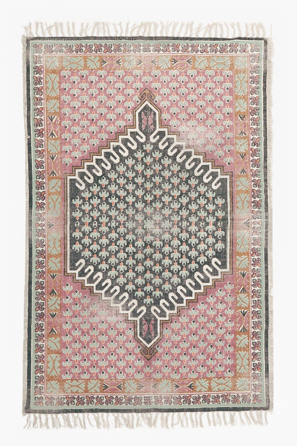 French Connection Poppy Field Rug Pink Walls Poppy Rug Home Decor
