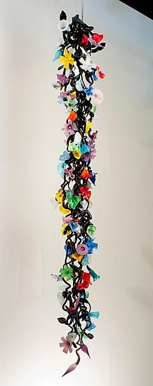 Hanging Garden: GLASS ART SCULPTURE By David Van Noppen: Interlocking Blown  Glass Flowers. This Chain Consists Of Roughly 65 Multicolored Glass Flowers  With ...