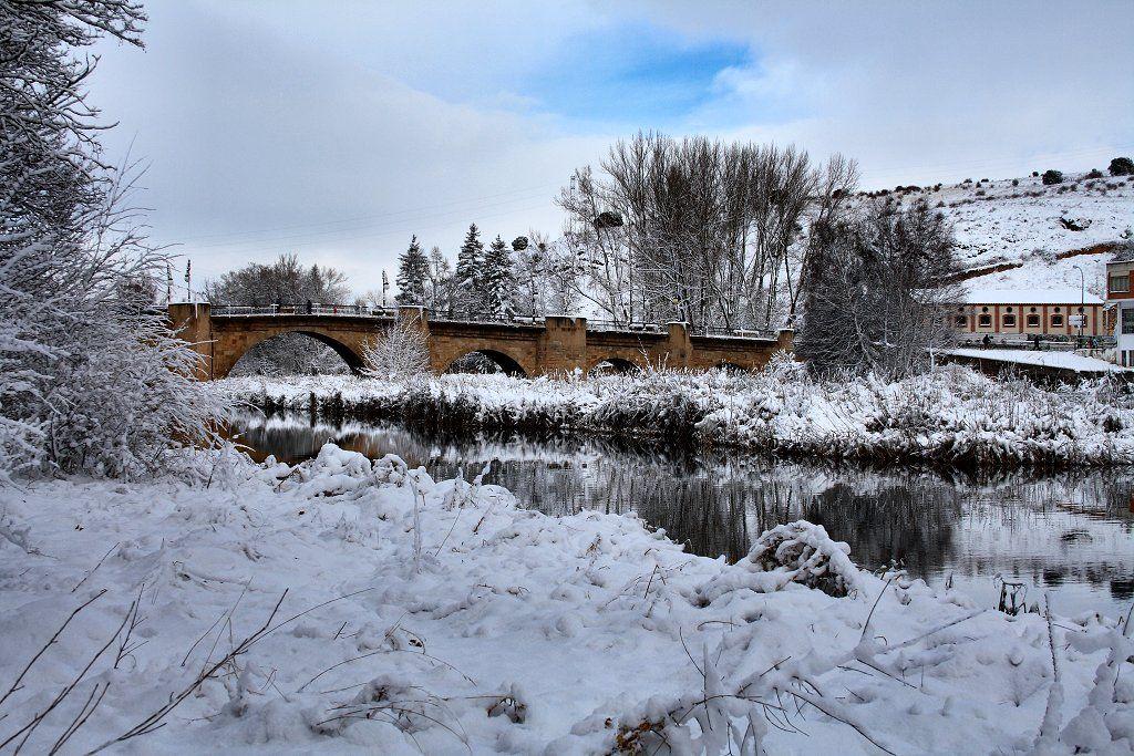 All sizes   Puente de piedra   Flickr - Photo Sharing!