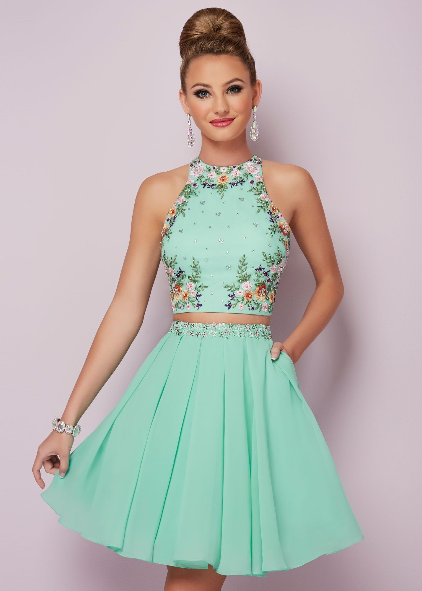 hot oneck two pieces homecoming dress sleeveless embroider