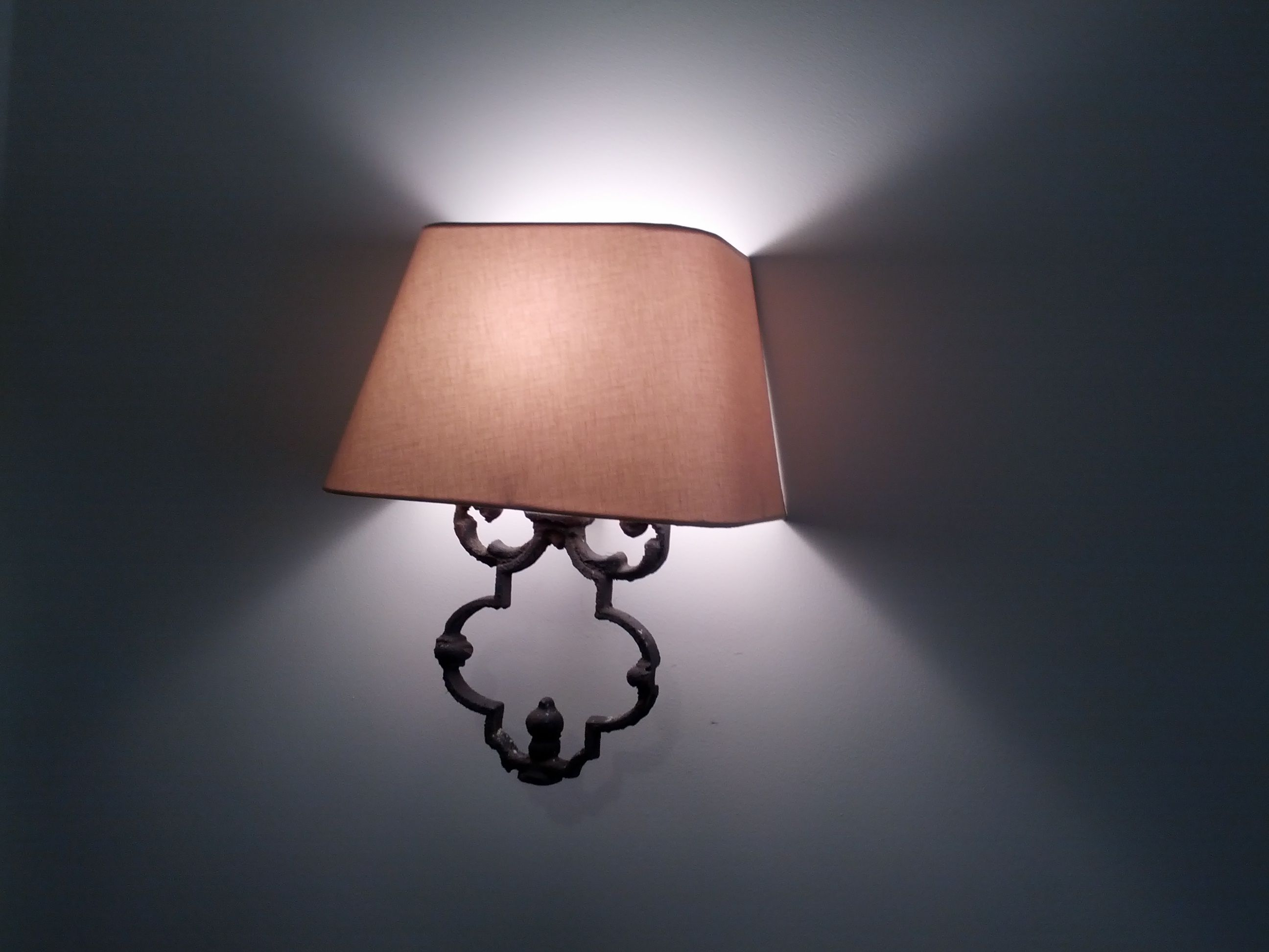 From Bethune STreet: 2 sconces like this