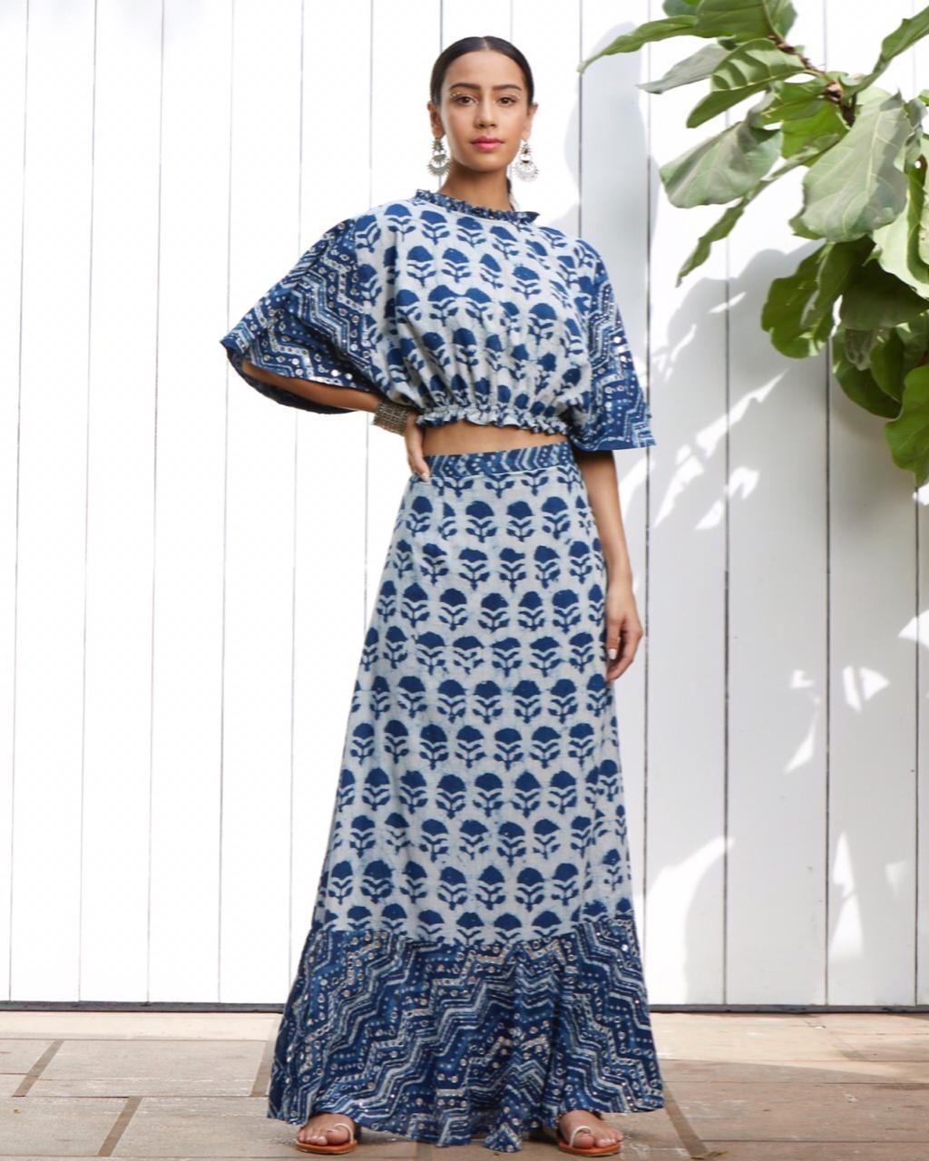 Block Printed Outfit By Akashi Perfect For Regular Wear Brunch Summer Wear Saias Curtas Saias Da Moda Vestidos De Algodao [ 1280 x 1024 Pixel ]