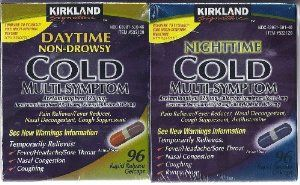 Kirkland Signature Day/Night Time Cold Multisymptom Relief Rapid Release Gelcaps, 2/96 ct -- Acetaminophen 325 mg, dextromethorphan HBr 10 mg, and phenylephrine HCI 5 mg. Nighttime caps also have chlorpheniramine maleate 2 mg.