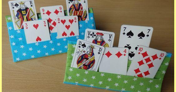 Op de facebookpagina van Gratis Naaipatronen  zag ik een speelkaartenhouder verschijnen, gemaakt met een eigen patroontje, maar algauw...