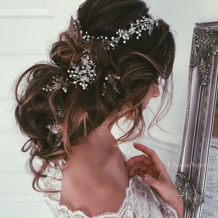 messy wedding hairstyle #wedding #weddingupdos #bridalupdos #hairstyle #hairstyles #messyupdos