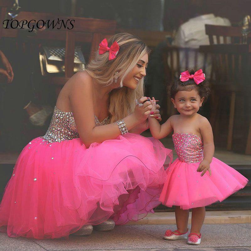 madre e hija vestidas igual fiesta - Buscar con Google | madres e ...