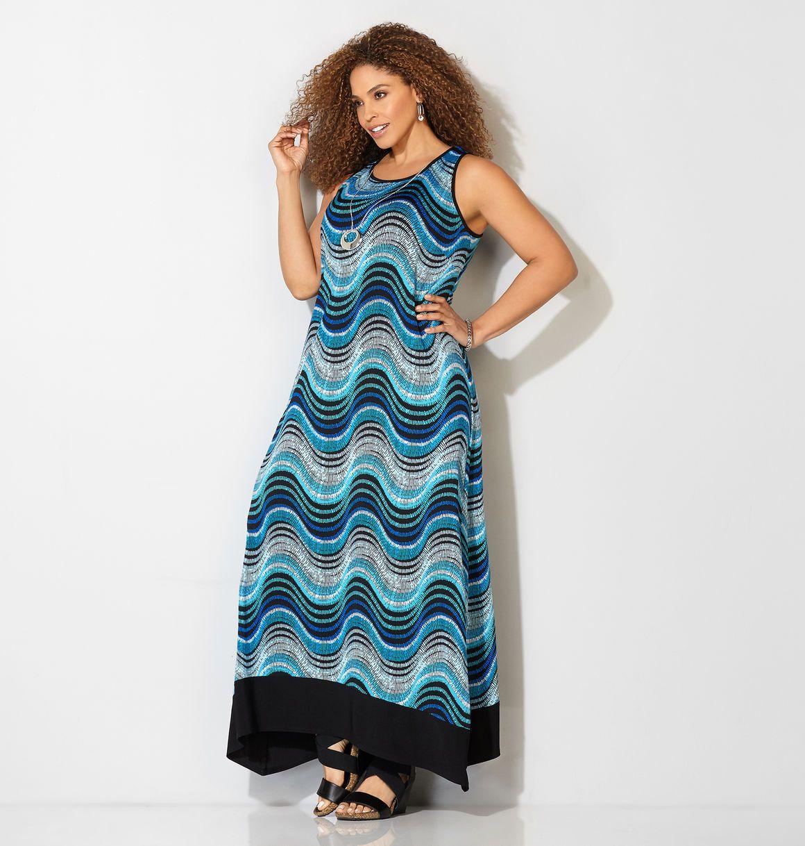 Blue wave necklace maxi dressblue wave necklace maxi dress