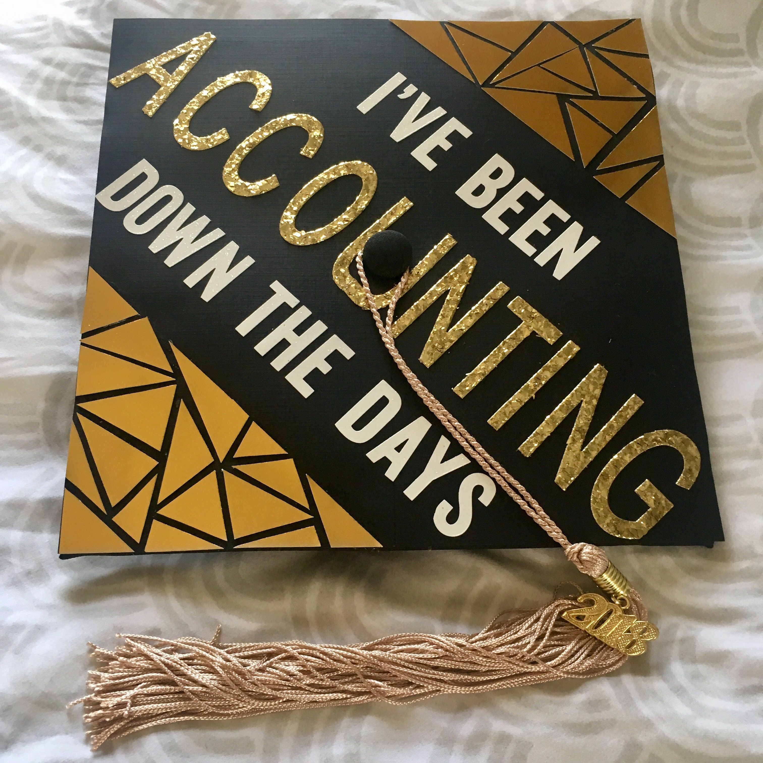 I've been accounting down the days til graduation � love the way my grad cap came out!