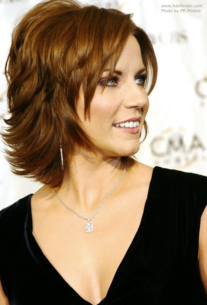 Martina McBride - Neck length hairstyle with a back that flips up ...