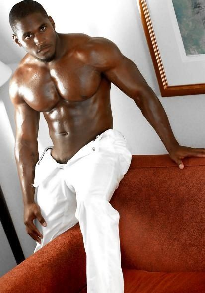 No Idea Who This Is But Omg Cougar Black Men
