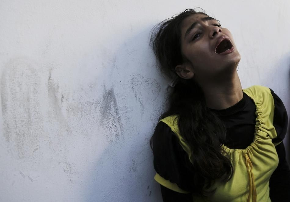 20 Heartbreaking Scenes Of Grief Over Friends And Family Killed In Gaza