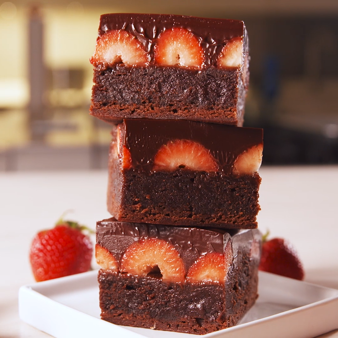 Chocolate Covered Strawberry Brownies Chocolate covered strawberry brownies are the most decadent d