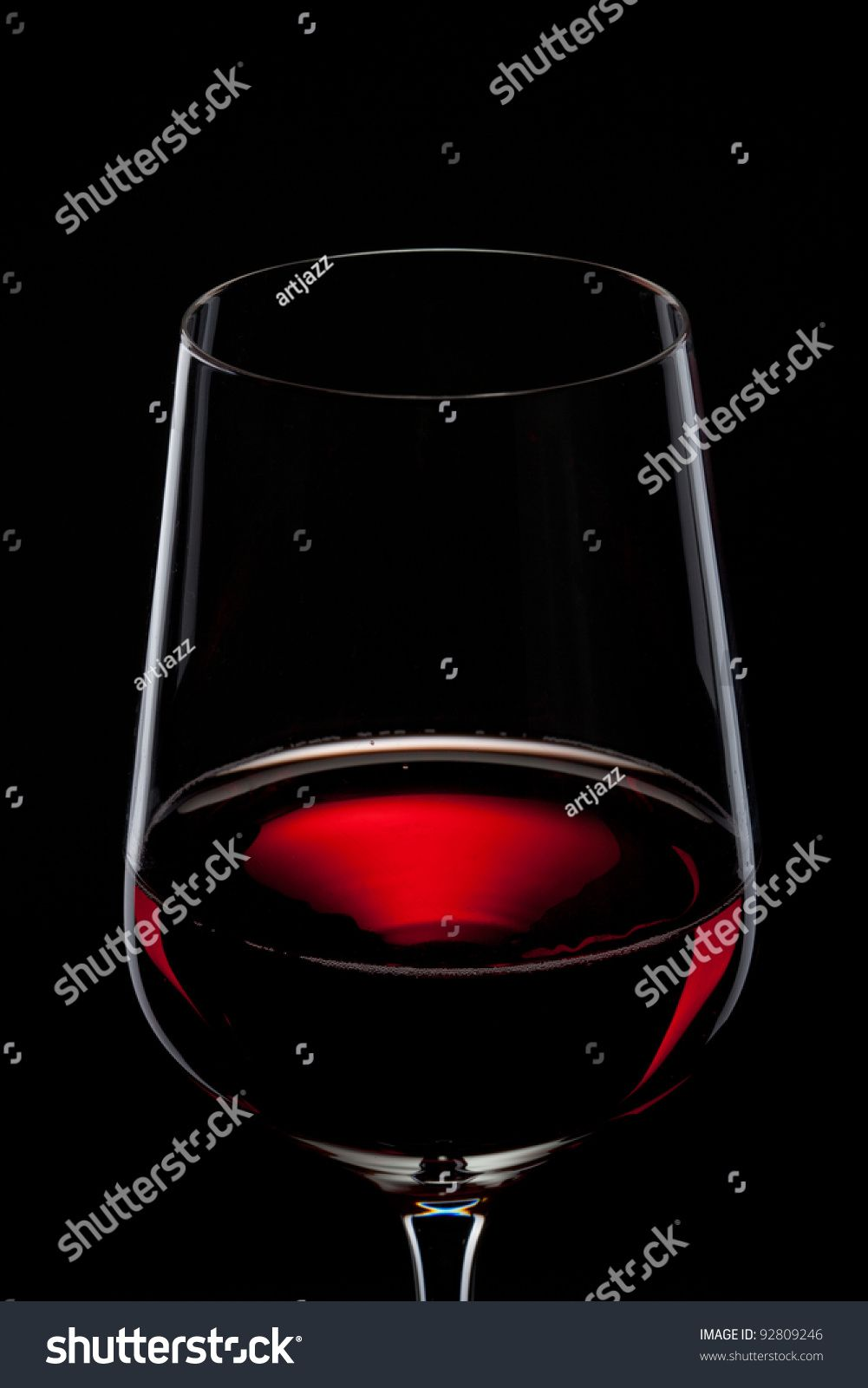 Red Wine In Glass Isolated On Black Ad Affiliate Wine Red Glass Black In 2020 Red Wine Wine Glass