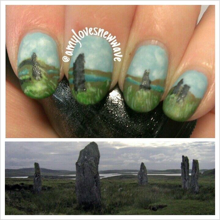 The standing stone circle at Craigh na dun, Inverness, Scotland ...