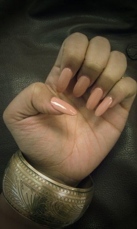 beige pink nails