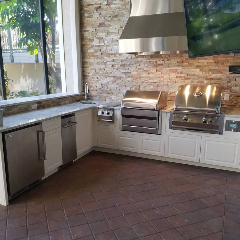 The Magnificent Custom Outdoor Kitchen Project Elegant Outdoor Kitchens Granite Countertops Kitchen Outdoor Kitchen Outdoor Kitchen Countertops