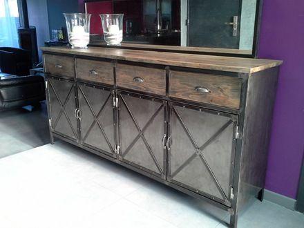 buffet de style industriel en acier bross et en bois vieilli 4 tiroirs en bois 4 portes acier. Black Bedroom Furniture Sets. Home Design Ideas