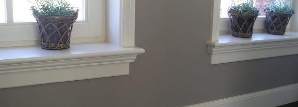 houten afwerking binnenkozijnen met vensterbank