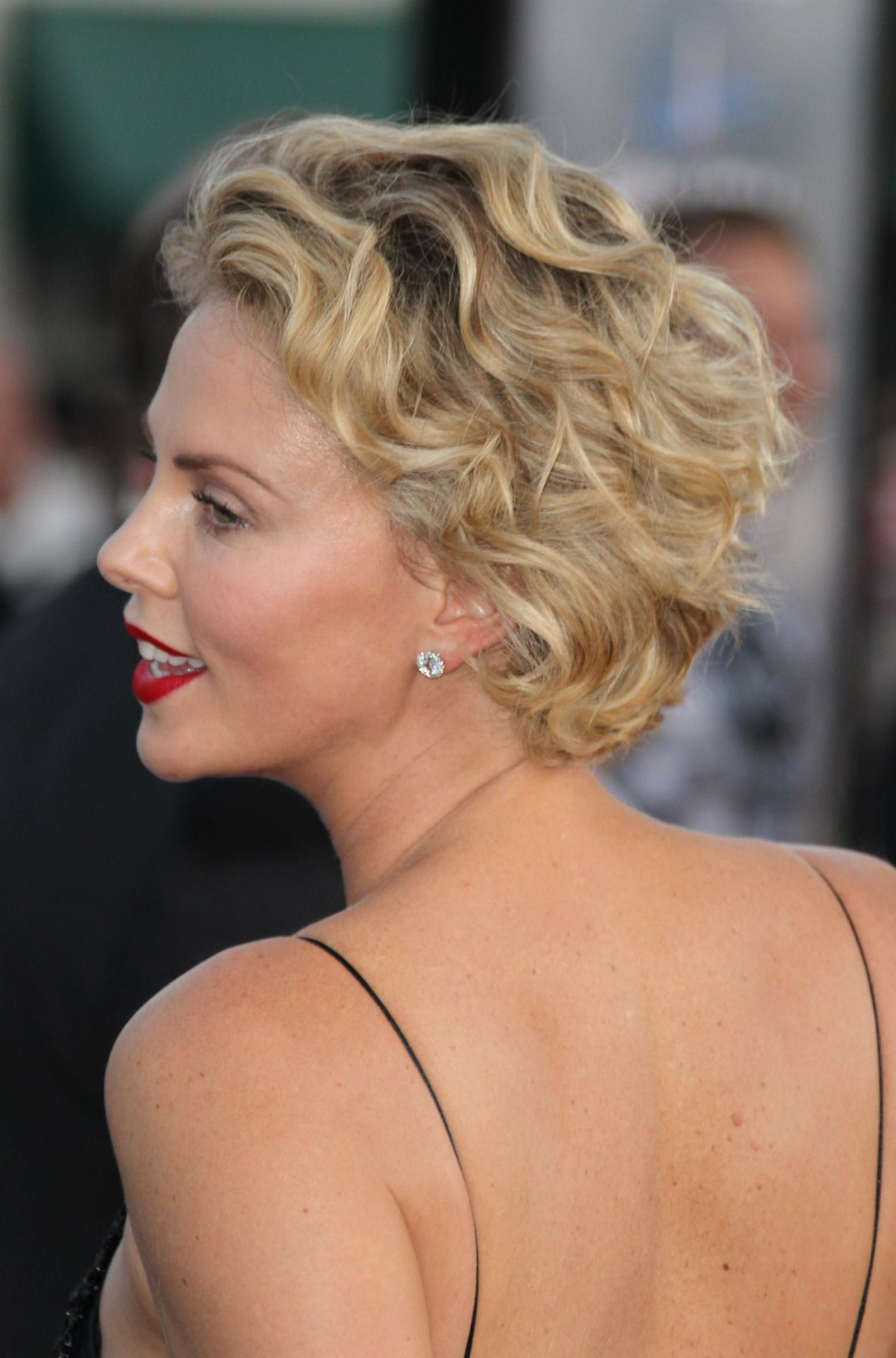 """Charlize Theron attend the world premiere of """"A Million Ways To Die in the West""""at Westwood Village 16.5.14"""