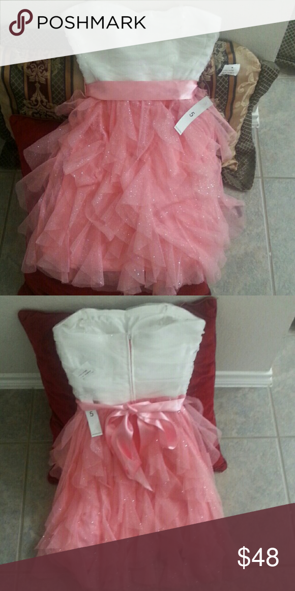TeezeMe homecomecoming/special occassion dress White and pink with sparkles brand new with tags never been wirn.can be used for any special occassion size 5 Teeze Me Dresses Strapless