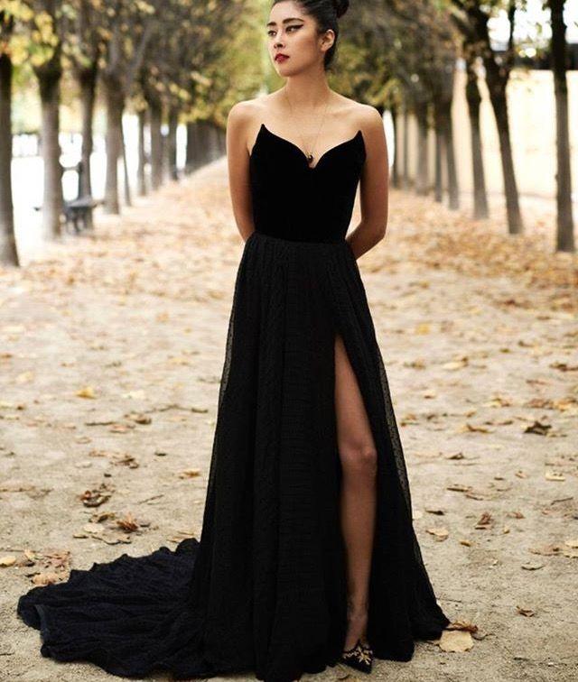 2d1afa8253 Pin by Tatia on jew | Strapless dress formal, Formal dresses, Ulyana  sergeenko