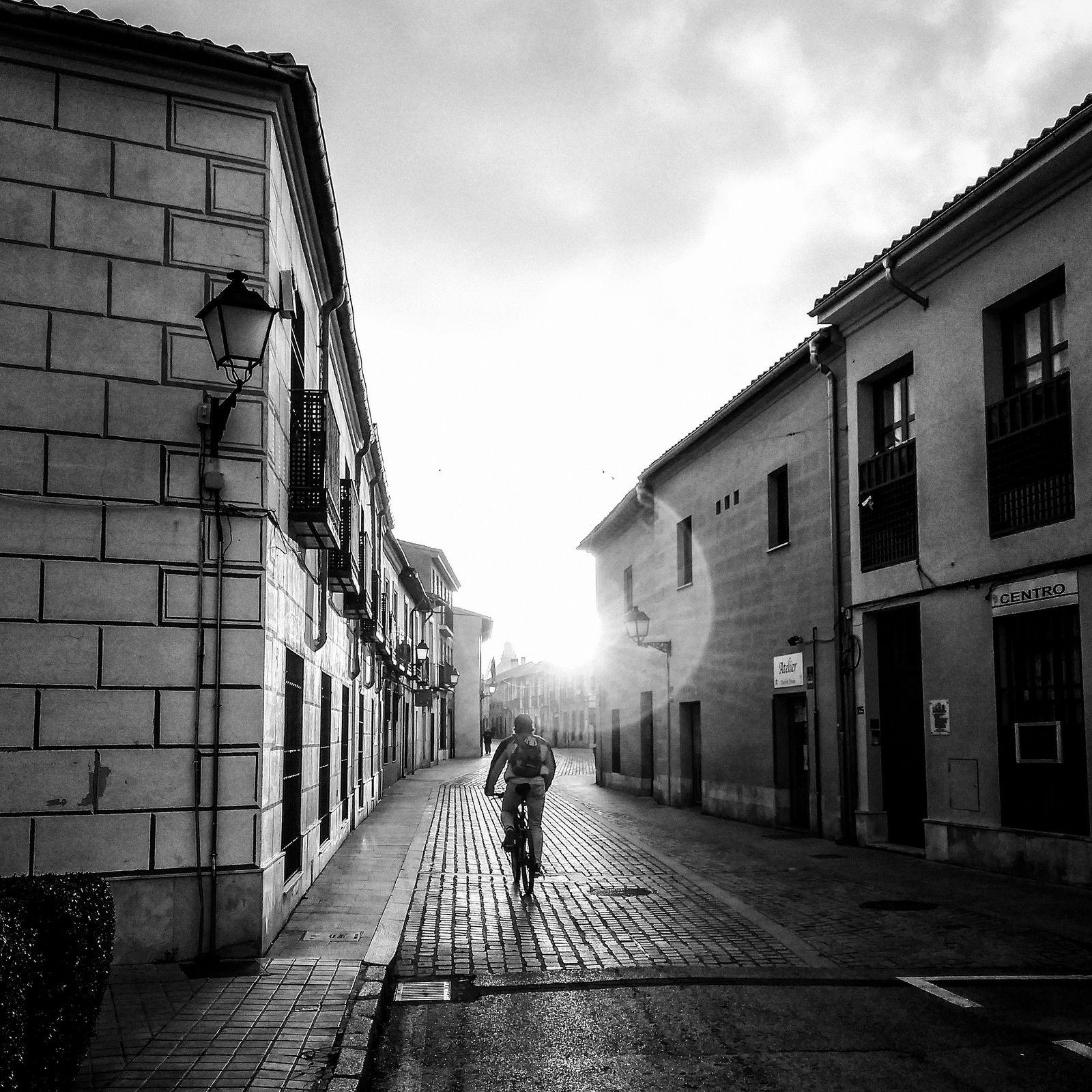 https://flic.kr/p/SbQ4Re | Viaje a la luz | unaciertamirada.com         © All rights reserved. Do not use without written permission from photographer.         YELLOWKORNER  Instagram / Facebook / Twitter / 500px / Huffingtonpost Blog LRM_20170328_082922-Editar