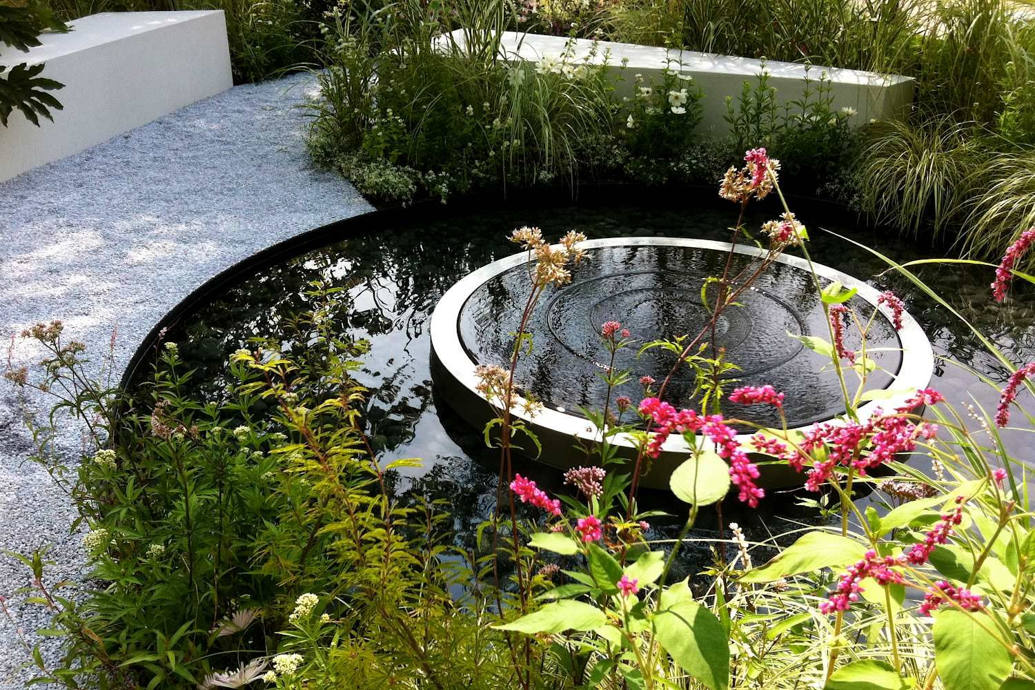 jo thomspon    reconnection show garden  japan    repinned on toby designs