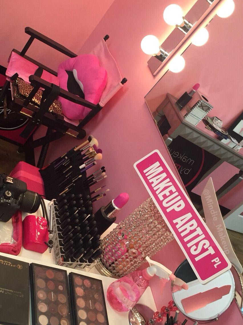 Mindie_Makeup Makeup rooms, Beauty room vanity, Cute
