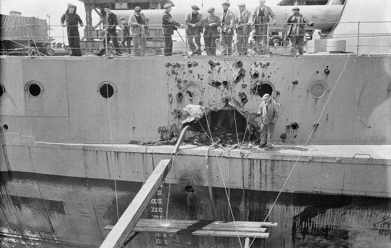 Battleship HMS 'Warspite' (1913) in No.1 Dry Dock at Rosyth ...