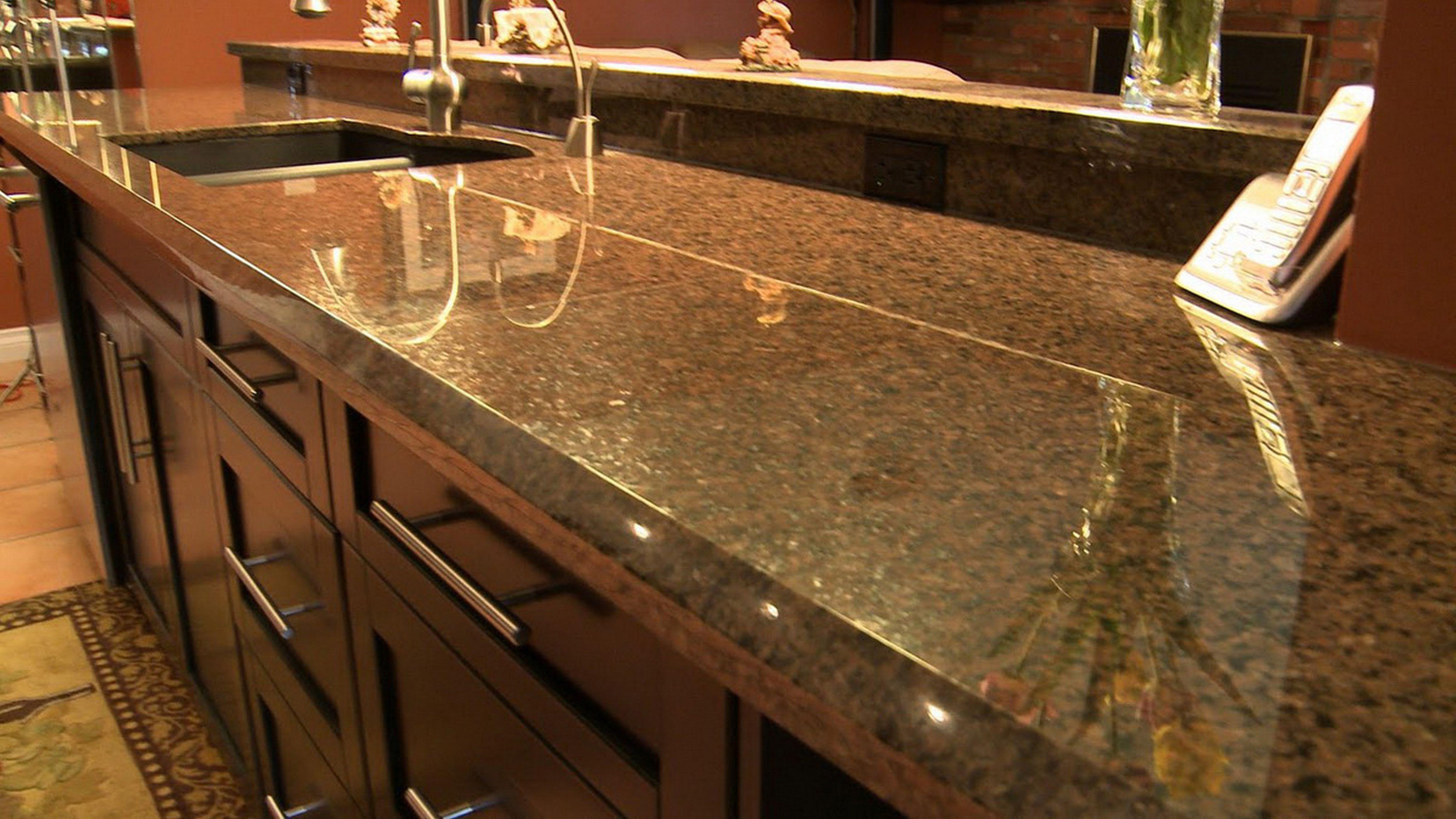 Dark Brown Wooden Vanity Combined Emerald Pearl Granite