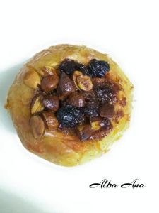 Baked Apple with Almonds and Raisins. So so yummy!!