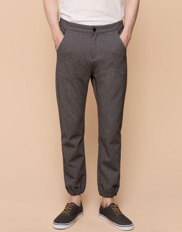 3cbb7cda19 Pull Bear - hombre - pantalones - pantalón jogging tipo chino - gris -  09682523-I2015