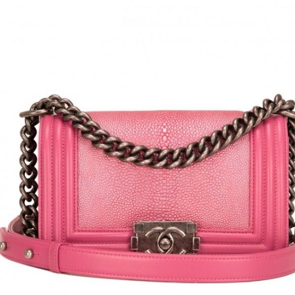 ccf265275dcb Chanel Pink stingray boy handbag bag This limited edition Small Boy bag is  exceptional in metallic pink stingray