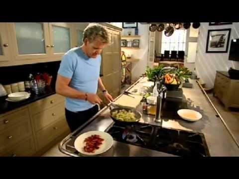 Pin By Natty S On Meals To Make Gordon Ramsey Recipes Smoked Paprika Chicken Chicken Stroganoff