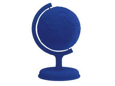 Globo terrestre azul, obra realizada en 1957. Edición póstuma, 1988