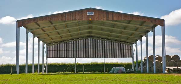 Structural steelwork robinson for Steel frame barns for sale
